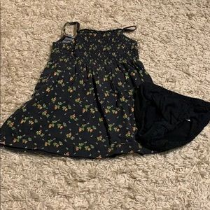 🌈4/$25🌈 Gap Dress + Diaper Cover